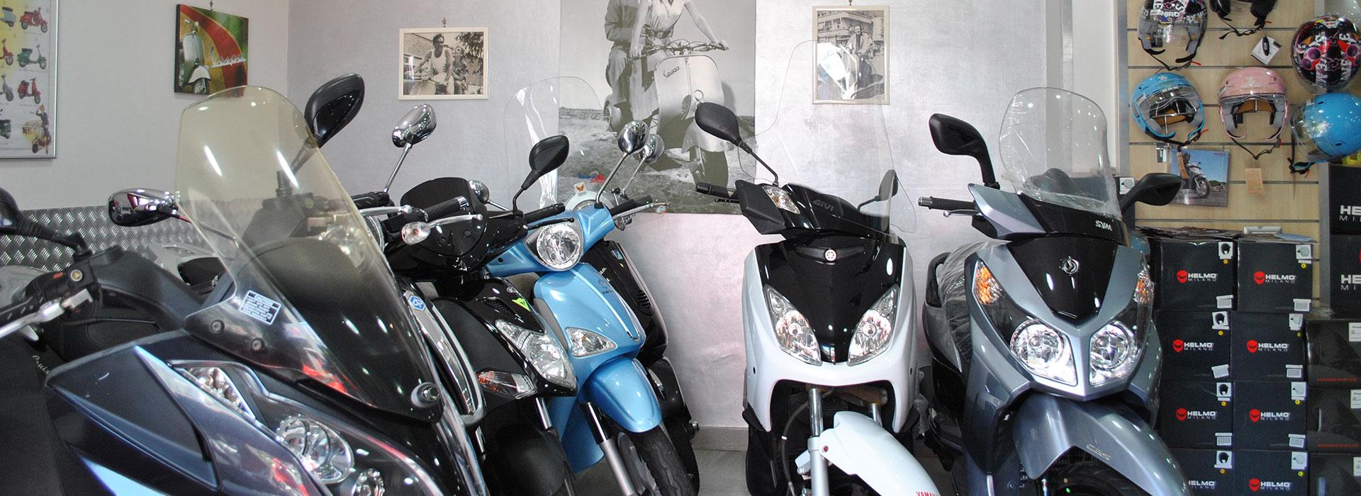 Vendita Scooter Piaggio Vespa Gilera Sym Honda Quadro Napoli